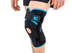 Knee brace With Side Splints
