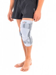 Knee Brace With Polycentric Hinges And ACL Support
