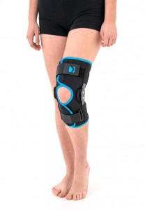 Open Knee Brace With Polycentric Hinges